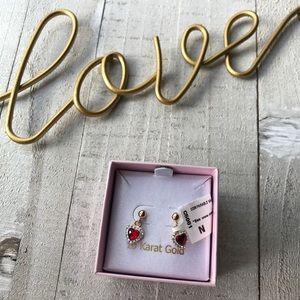 Accessories - ❤️10k Gold Heart Earrings ♥️😍